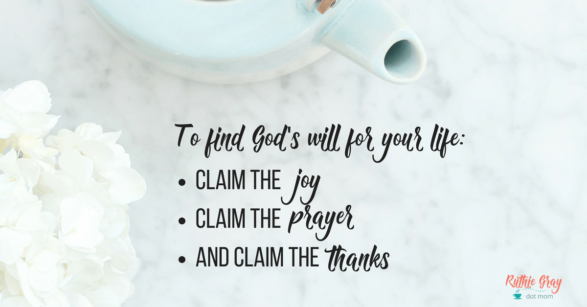 What to do when you desperately want to know God's will for your life. Three clear answers from Scripture for our times of waiting.