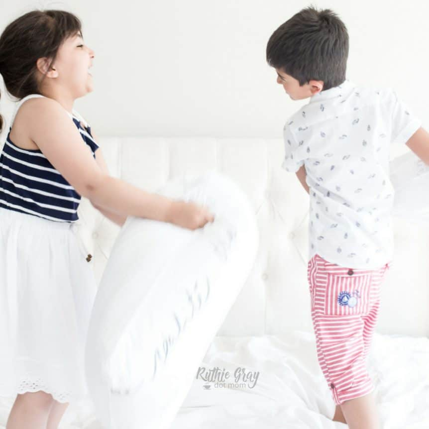 Dear mom: how to handle fighting among siblings; Curbing sibling rivalry and developing relationships to help your children grow up to be best friends.